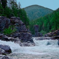 The North Fork of the Santiam River passes through what's call the Three Pools area.