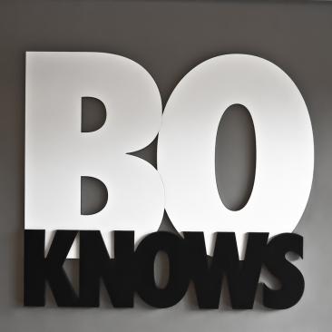 BoKnows