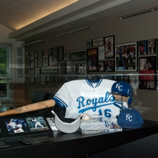 Bo Jackson's Royals uniform.