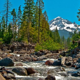Mt. Hood & the Sandy River