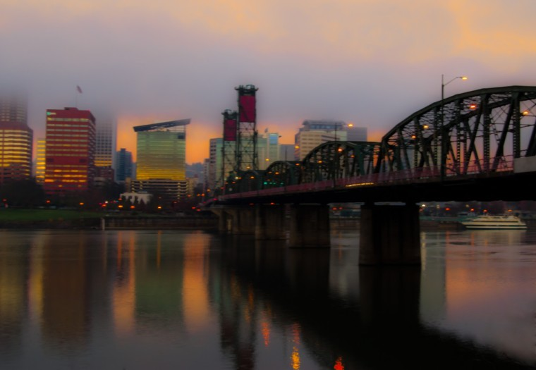 Vince Ferguson - Hawthorne Bridge, Portland, Oregon - Digital Image